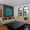 Вітальня в приватному будинку (21 фото): красива обробка і оформлення
