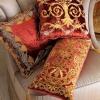 Як підібрати декоративні подушки до інтер`єру вітальні?