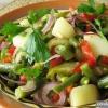 Як приготувати картопляний салат з квасолею?