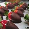 Як приготувати любовне блюдо з полуниці в шоколаді?