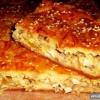 Як приготувати наливний пиріг з консервованою рибою?