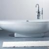 Які переваги та недоліки у акрилових ванн?