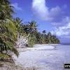 Які країни знаходяться на атолових островах?