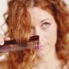 Коли жінки стали зачісувати своє волосся?