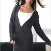 З чим можна поєднувати плаття-светр?