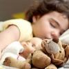 Скільки часу має тривати сон дитини?