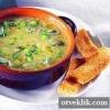 Суп із зеленим горошком і цибулею