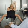 Жінки віддають перевагу сексу на роботі