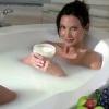Жиросжигающая ванна з содою для схуднення. Які є протипоказання